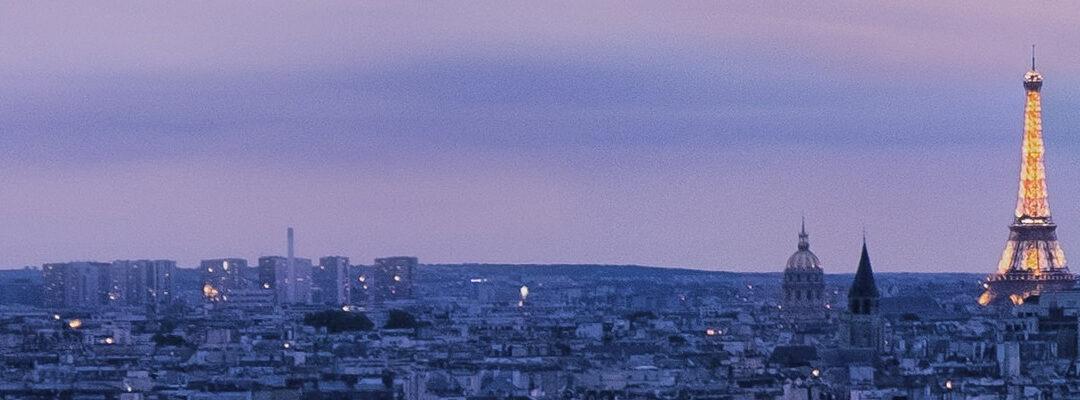 Los ascensores de la Torre Eiffel: uno de los elementos más importantes de la mayor atracción turística de París.