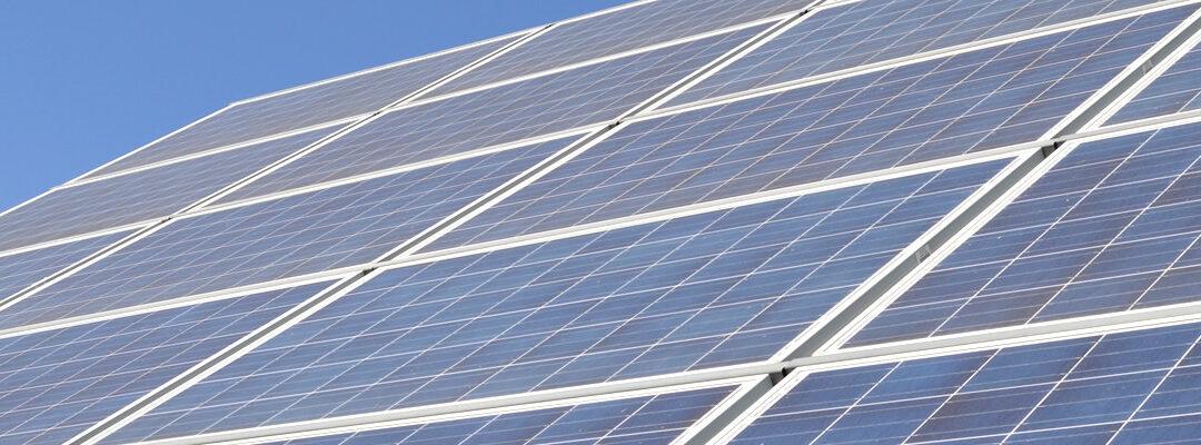 La energía solar: lo último en ascensores inteligentes.