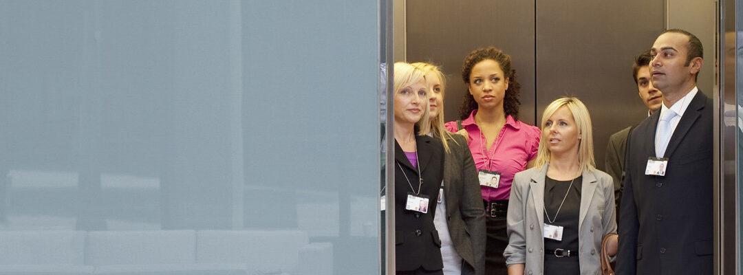 Cuidado: ¡no sobrepases el peso máximo de un ascensor!