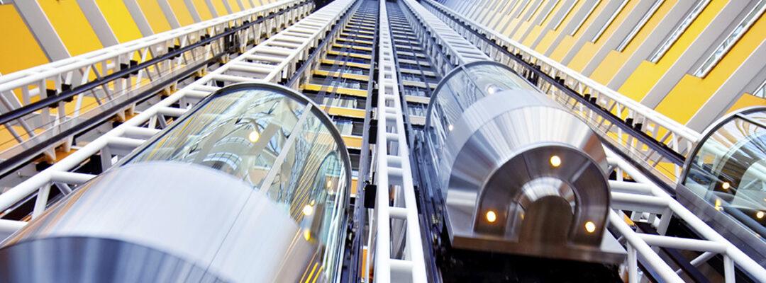 Los ascensores panorámicos: una atracción en los edificios públicos