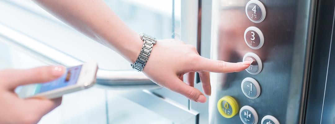 Los 5 sistemas de seguridad de un ascensor que te pueden salvar la vida