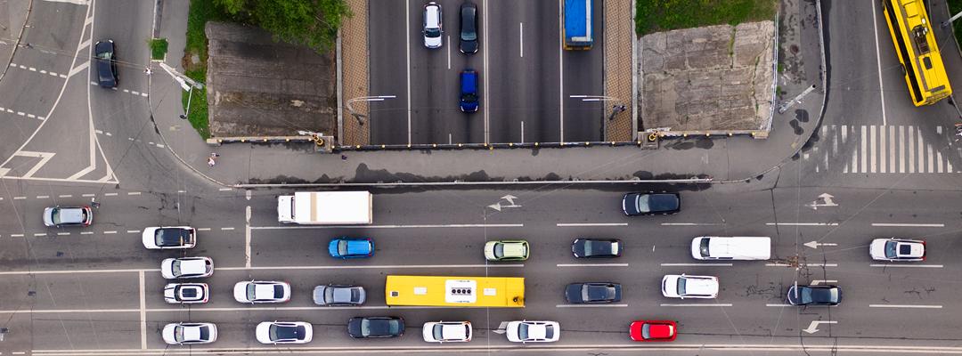 4 ventajas de los sistemas elevadores para estacionamiento de vehículos